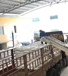 """每年搬上万吨pvc复合热稳定剂-宏远的搬运工""""老蔡"""""""